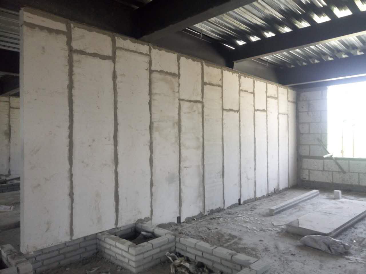 轻质复合墙板厂家如果使用含石棉的硅酸钙板会带来什么后果?