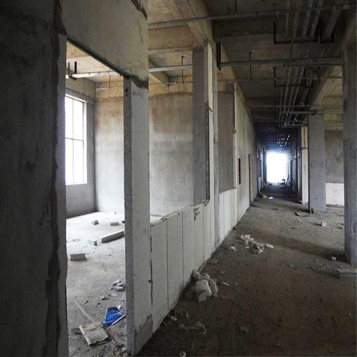 浙江绍兴某小区改造使用装配式隔墙板安装现场