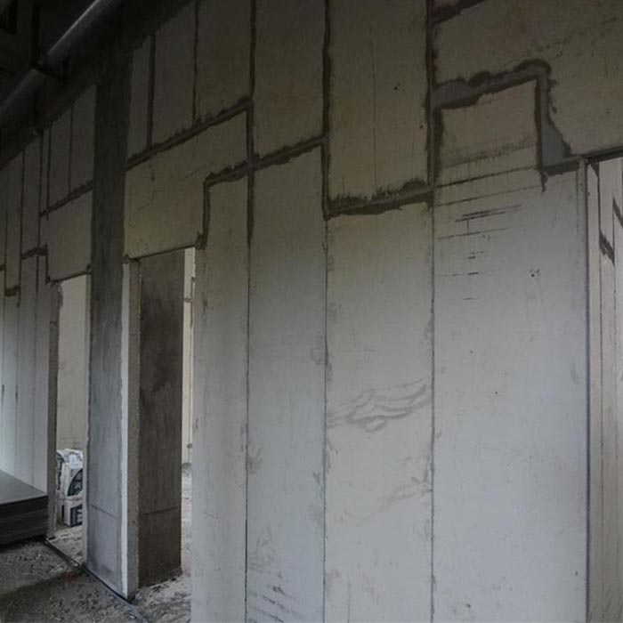 奉新某食品加工企业防水隔墙板安装现场