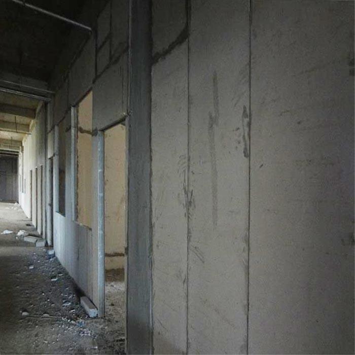 合肥某化工企业防水隔墙板的安装现场